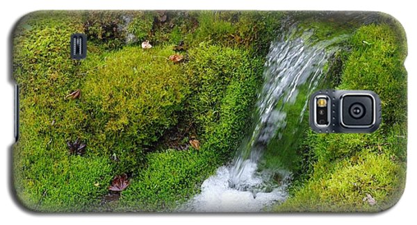 Galaxy S5 Case featuring the photograph Chasing Waterfalls by Marilyn Wilson