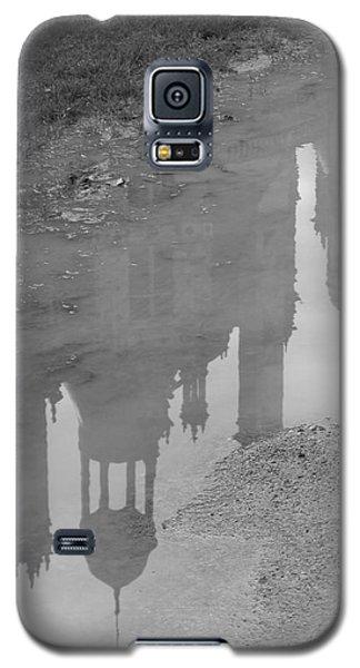 Chateau Chambord Reflection Galaxy S5 Case