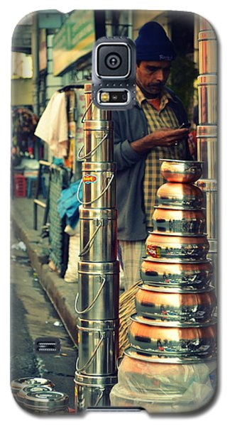 Galaxy S5 Case featuring the photograph Check This Out by Rima Biswas