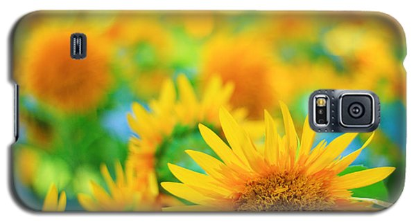 Cheerful And Happy Yellow Sunflower Field In Summer Galaxy S5 Case