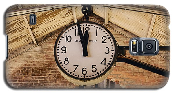 Galaxy S5 Case featuring the photograph Chelsea Market Clock by Kim Fearheiley