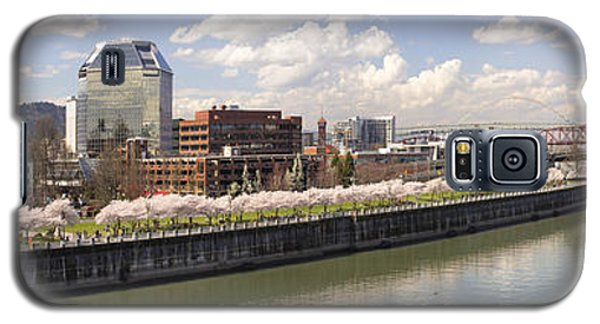 Cherry Blossom Along Portland Oregon Waterfront Panorama Galaxy S5 Case
