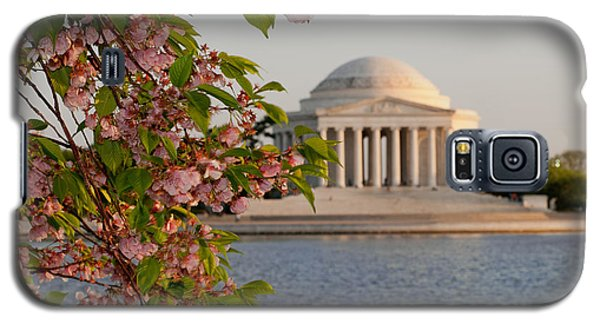 Galaxy S5 Case featuring the photograph Cherry Blossoms And The Jefferson Memorial 3 by Mitchell R Grosky