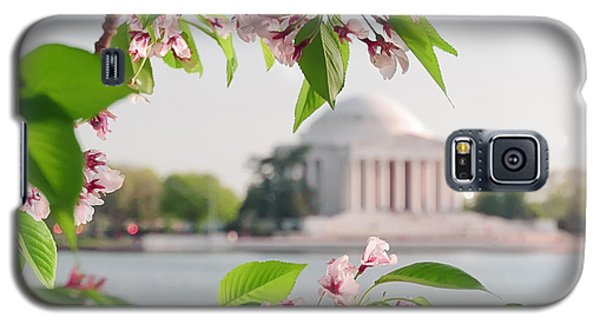 Galaxy S5 Case featuring the photograph Cherry Blossoms And The Jefferson Memorial by Mitchell R Grosky