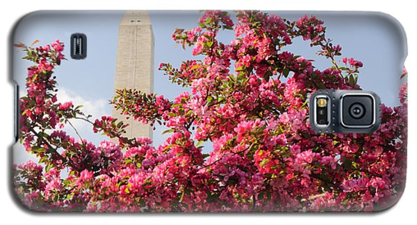 Galaxy S5 Case featuring the photograph Cherry Trees And Washington Monument 5 by Mitchell R Grosky