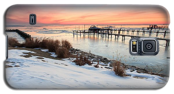 Galaxy S5 Case featuring the photograph Chesapeake Bay Freeze by Jennifer Casey