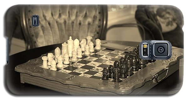 Galaxy S5 Case featuring the photograph Chess Game by Cynthia Guinn