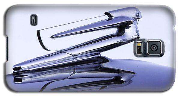 Galaxy S5 Case featuring the photograph Chevy Hood Ornament In Blue by Betty Denise