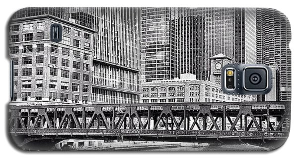 Wells Street Bridge Chicago Hdr Photo Galaxy S5 Case by Paul Velgos