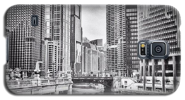 City Galaxy S5 Case - #chicago #cityscape #chicagoriver by Paul Velgos
