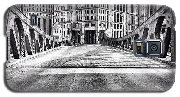 Architecture Galaxy S5 Case - #chicago #hdr #bridge #blackandwhite by Paul Velgos