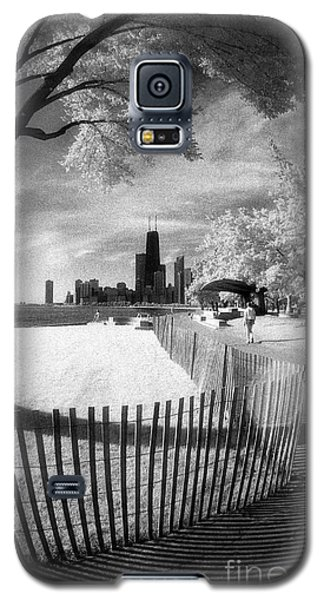 Galaxy S5 Case featuring the photograph Chicago Lakefront Infrared by Martin Konopacki