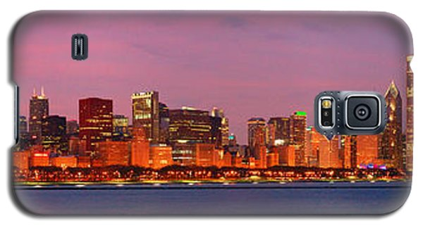 City Sunset Galaxy S5 Case - Chicago Skyline At Dusk 2008 Panorama by Jon Holiday