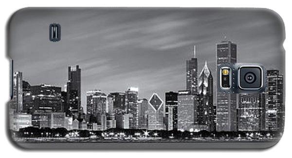 Chicago Skyline At Night Black And White Panoramic Galaxy S5 Case