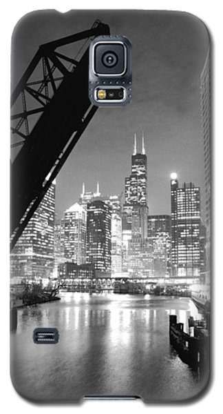 Chicago Skyline - Black And White Sears Tower Galaxy S5 Case by Horsch Gallery