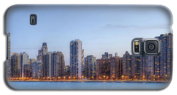 Chicago Skyline Night Panorama Galaxy S5 Case by Shawn Everhart