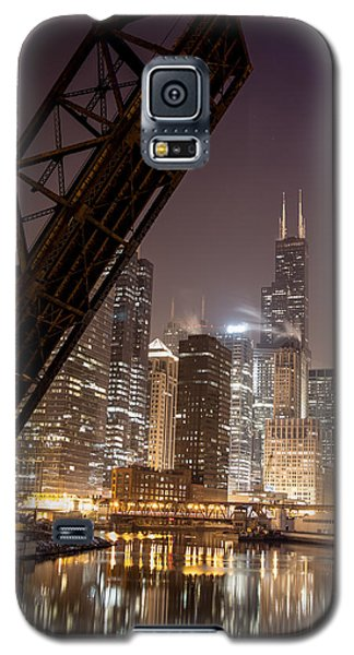 Chicago Skyline Over Chicago River Galaxy S5 Case by Michael  Bennett
