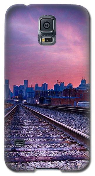 Chicago Skyline Sunrise December 1 2013 Galaxy S5 Case by Michael  Bennett