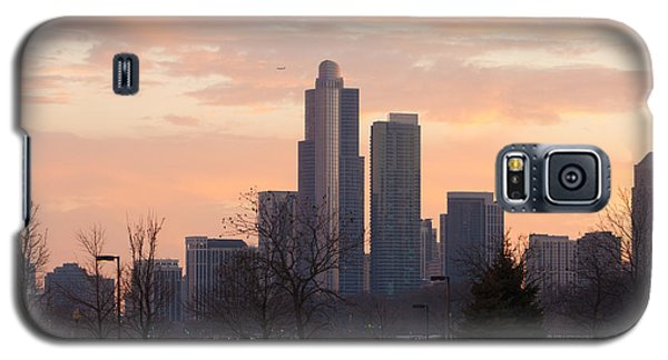 Galaxy S5 Case featuring the photograph Chicago Skyscrapers In Sunset by Dawn Romine