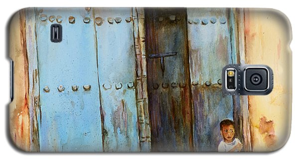 Galaxy S5 Case featuring the painting Child Sitting In Old Zanzibar Doorway by Sher Nasser