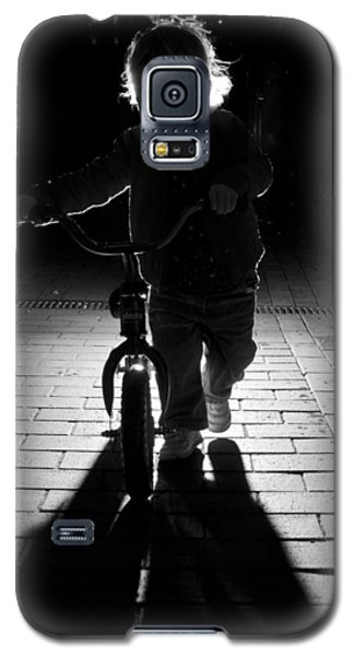 Galaxy S5 Case featuring the photograph Child With Bike by David Isaacson