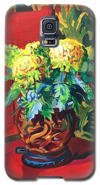 Galaxy S5 Case featuring the painting Chrysanthemums On Red Chair by Clyde Semler