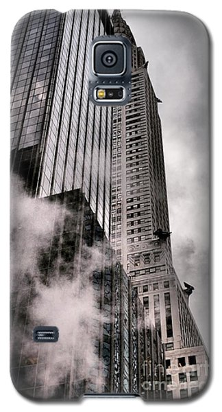 Chrysler Building With Gargoyles And Steam Galaxy S5 Case