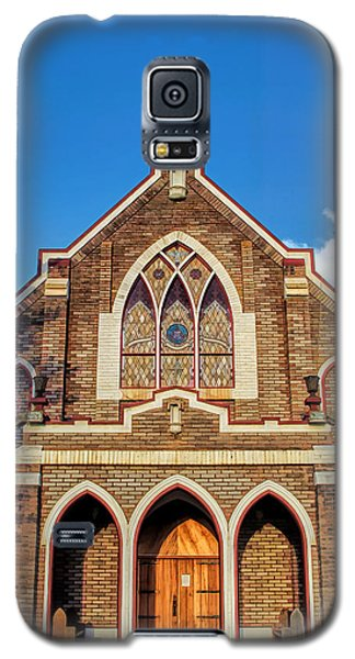 Galaxy S5 Case featuring the photograph Church 1 by Dawn Eshelman