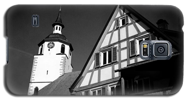 Church And Half-timbered House In Lovely Old Town Galaxy S5 Case