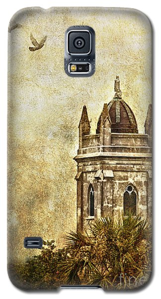 Galaxy S5 Case featuring the photograph Church Steeple by Linda Blair