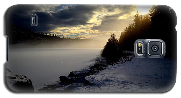 Chute Lake Winter Galaxy S5 Case by Guy Hoffman