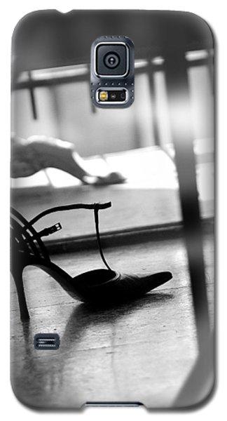 Galaxy S5 Case featuring the photograph Cinderella by Selke Boris
