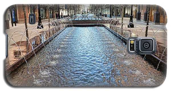 Galaxy S5 Case featuring the photograph City Creek Fountain - 1 by Ely Arsha