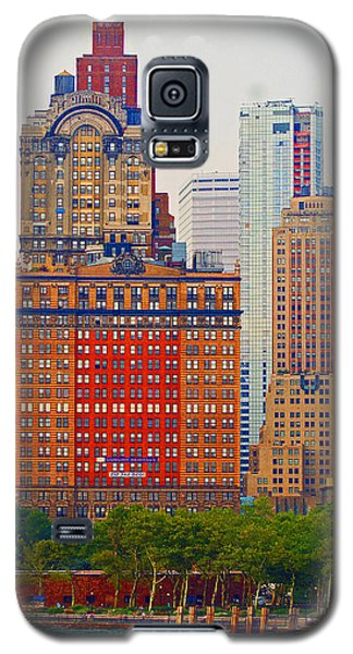 Galaxy S5 Case featuring the photograph City High by B Wayne Mullins