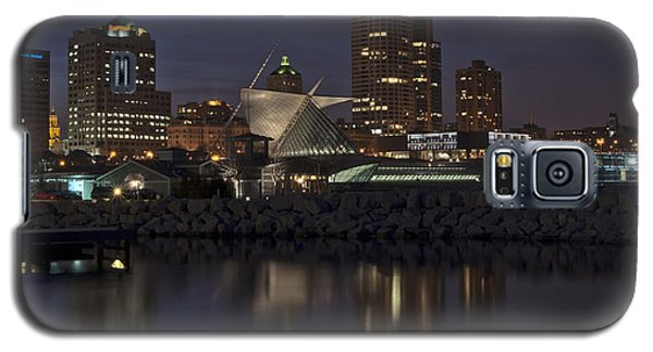 Galaxy S5 Case featuring the photograph City Reflection by Deborah Klubertanz