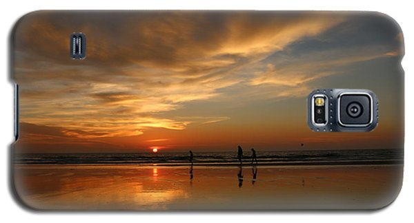 Clam Digging At Sunset -1  Galaxy S5 Case by Christy Pooschke