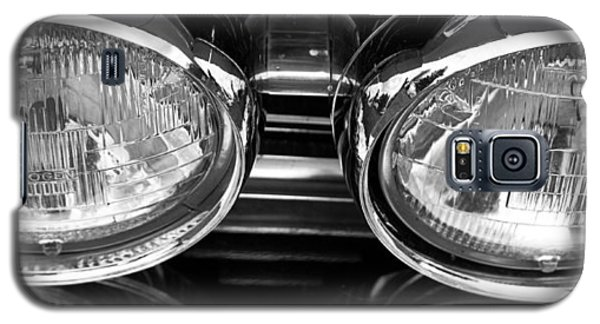 Galaxy S5 Case featuring the photograph Classic Car Grill And Lights by Mick Flynn