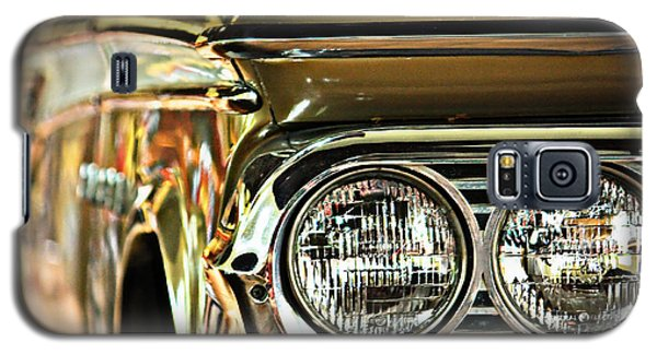 Galaxy S5 Case featuring the photograph Classic Car by Tammy Schneider