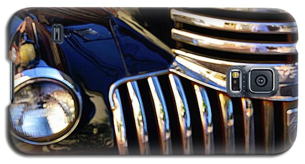 Galaxy S5 Case featuring the photograph Classic Chevy Two by John S