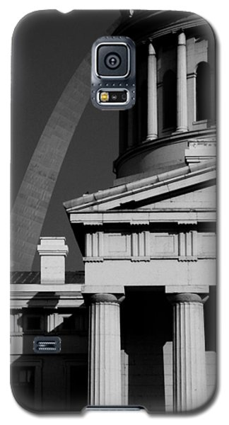 Classical Courthouse Arch Black White Galaxy S5 Case
