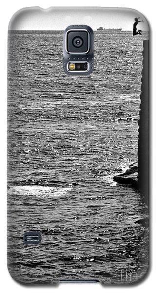Cliff Diver Joy Galaxy S5 Case by Henry Kowalski