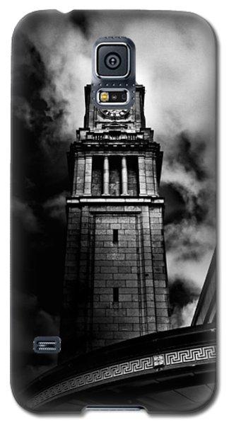 Clock Tower No 10 Scrivener Square Toronto Canada Galaxy S5 Case by Brian Carson