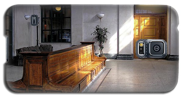Closed Railroad Station - Johnstown Pa Galaxy S5 Case