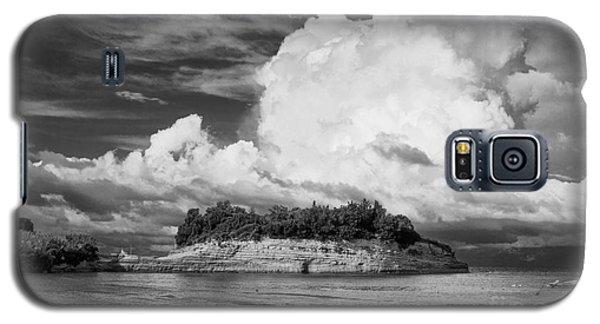 Cloud Boat And Cliffs On Corfu Galaxy S5 Case by Paul Cowan