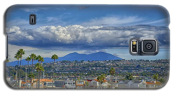 Galaxy S5 Case featuring the photograph Cloud Over Saddleback Mountain by Joseph Hollingsworth