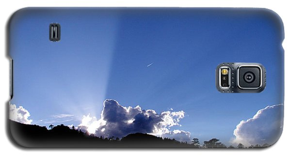 Galaxy S5 Case featuring the photograph Cloud Rays by Craig T Burgwardt