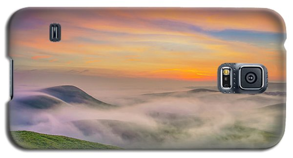 Clouds And Fog At Sunrise Galaxy S5 Case