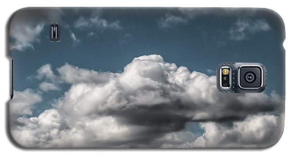 Galaxy S5 Case featuring the photograph Clouds by Leif Sohlman