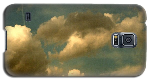 Clouds Of Yesterday Galaxy S5 Case by Anita Lewis