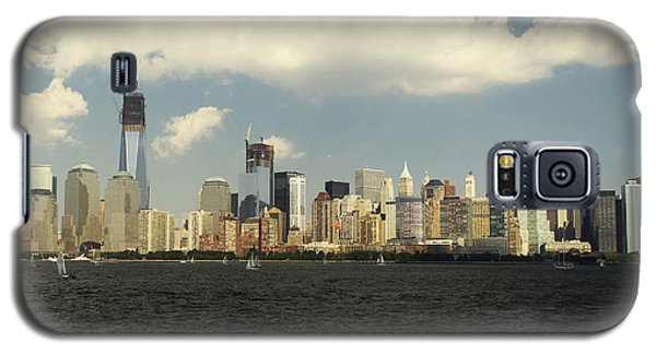 Clouds Over New York Skyline Galaxy S5 Case